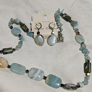 Beaded necklace and earrings set NWT